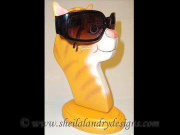 Scroll Saw Cat Eyeglass Holder