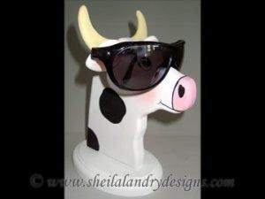Scroll Saw Cow Eyeglass Holder